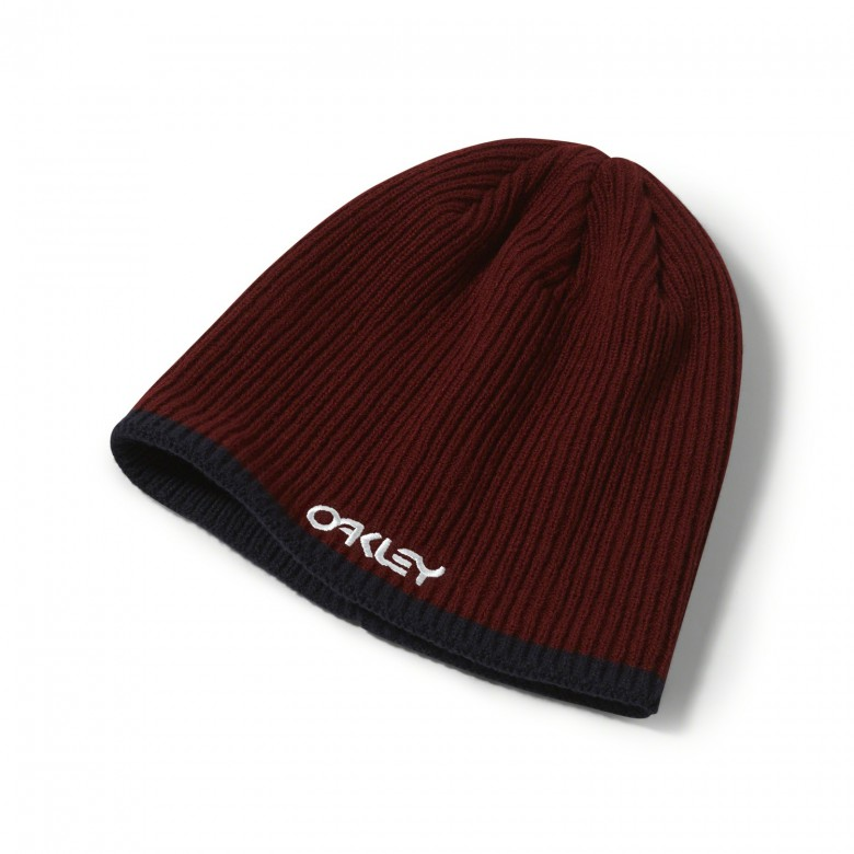 Oakley Factory Flip Beanie - Iron Red - 911765-80U Muts